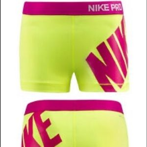 Nike spandex size medium